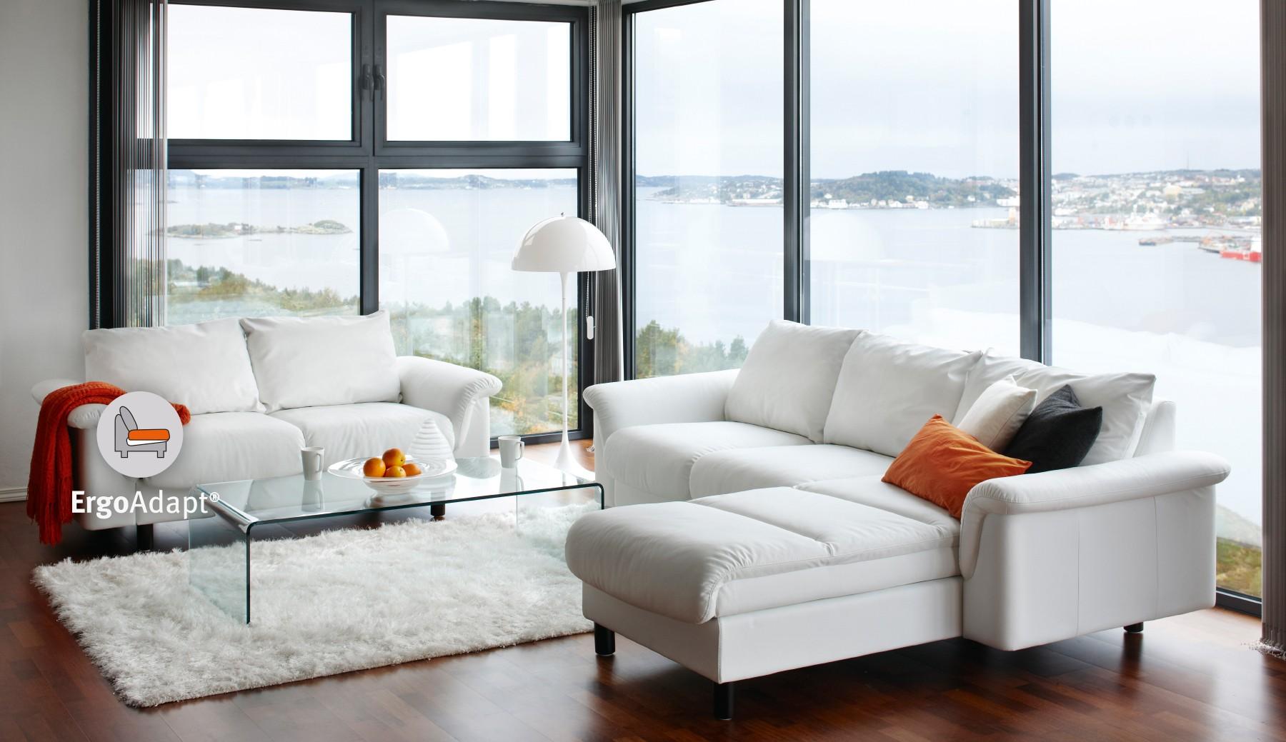 Die Vielfältigen Konfigurationsmöglichkeiten Der Sofa Modelle Bieten Die  Möglichkeit Sich An Jedes Wohnzimmer Anzupassen. Ob Ein Klassischer  3 Sitzer, ...